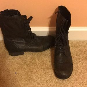 Steve Madden black leather combat boots
